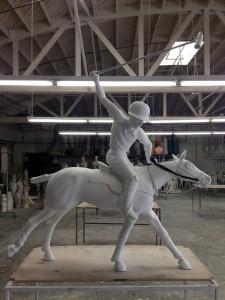 Statue-H